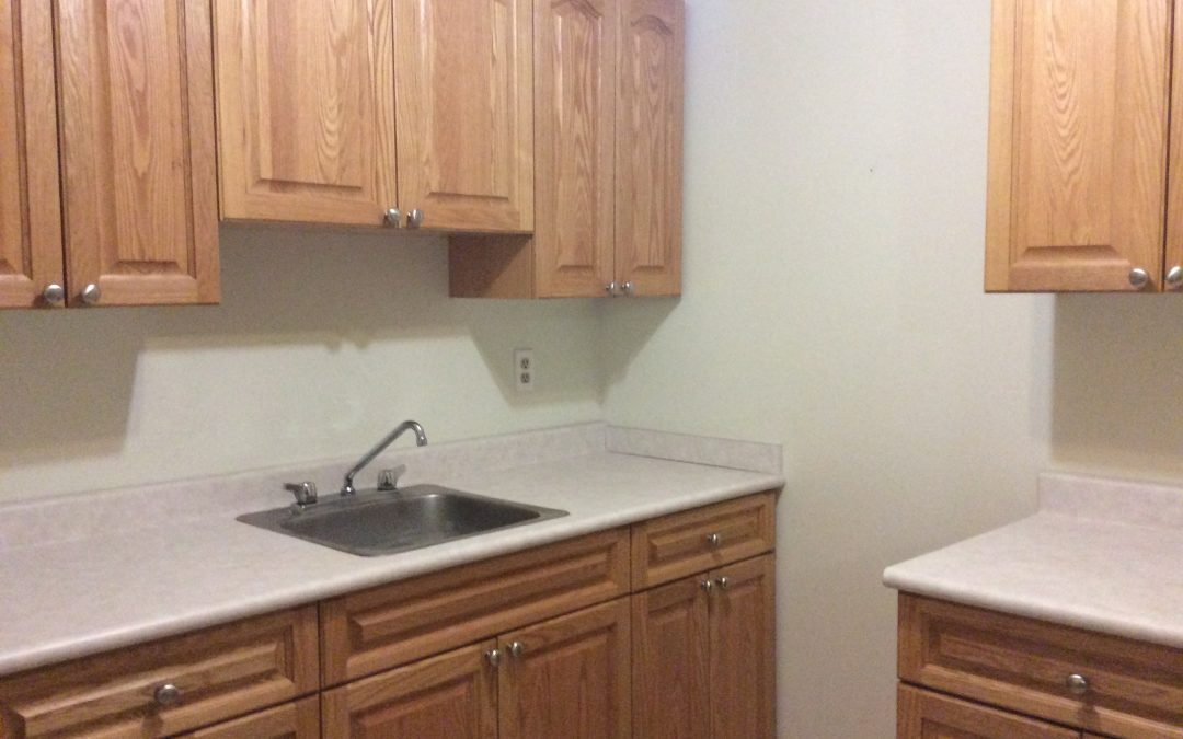 732 8th St E – 1 Bedroom-Bright and Spacious